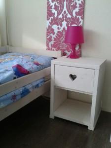 steigerhout zwolle nachtkastje meubelmaker timmerman