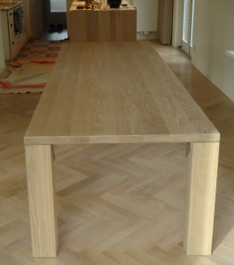 eiken tafel meubelmaker timmerman zwolle robuuste tafel