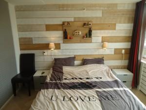 houtenwand bekleding visgraat wandbord meubelmaker timmerman zwolle