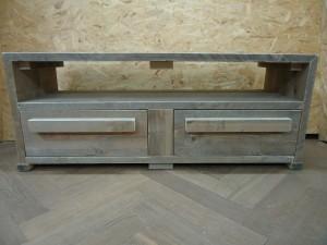 tv meubel van steigerhout meubelmaker timmerman zwolle