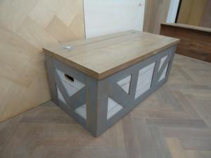 grote houten kist